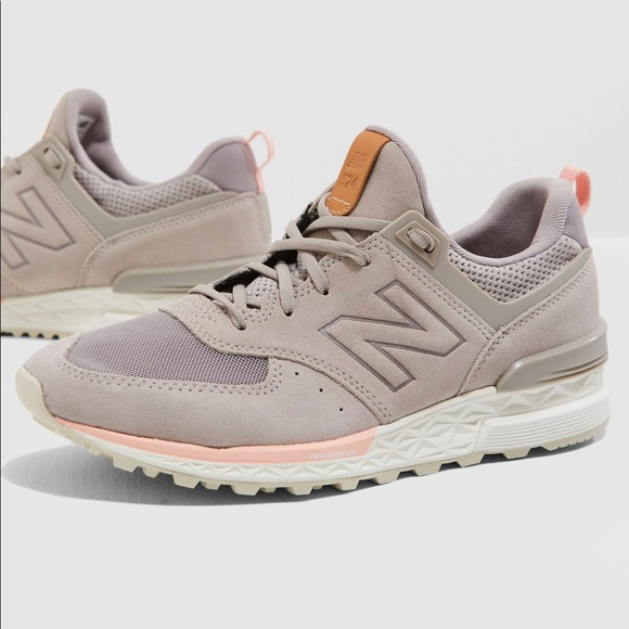 finest selection 2453a e1545 ✨NEW BALANCE 574 ✨Lifestyle Women Sport ✨✨